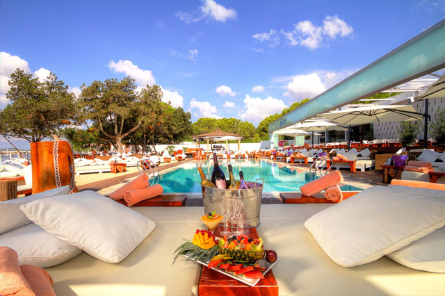Ibiza - Champagne World Tour at Nikki Beach Ibiza